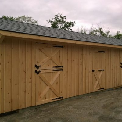 10x32 2 Stall Horse Barn. Includes Center Tack Room.