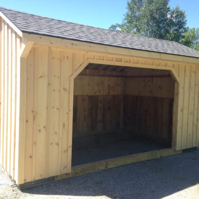10' x 16' Pine Board and Batten Horse Run-In Shed